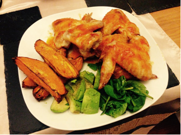 Buffalo-Wings-with-Sweet-Potato-Wedges